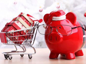How to Christmas Shop for Gifts When You Are on a Budget