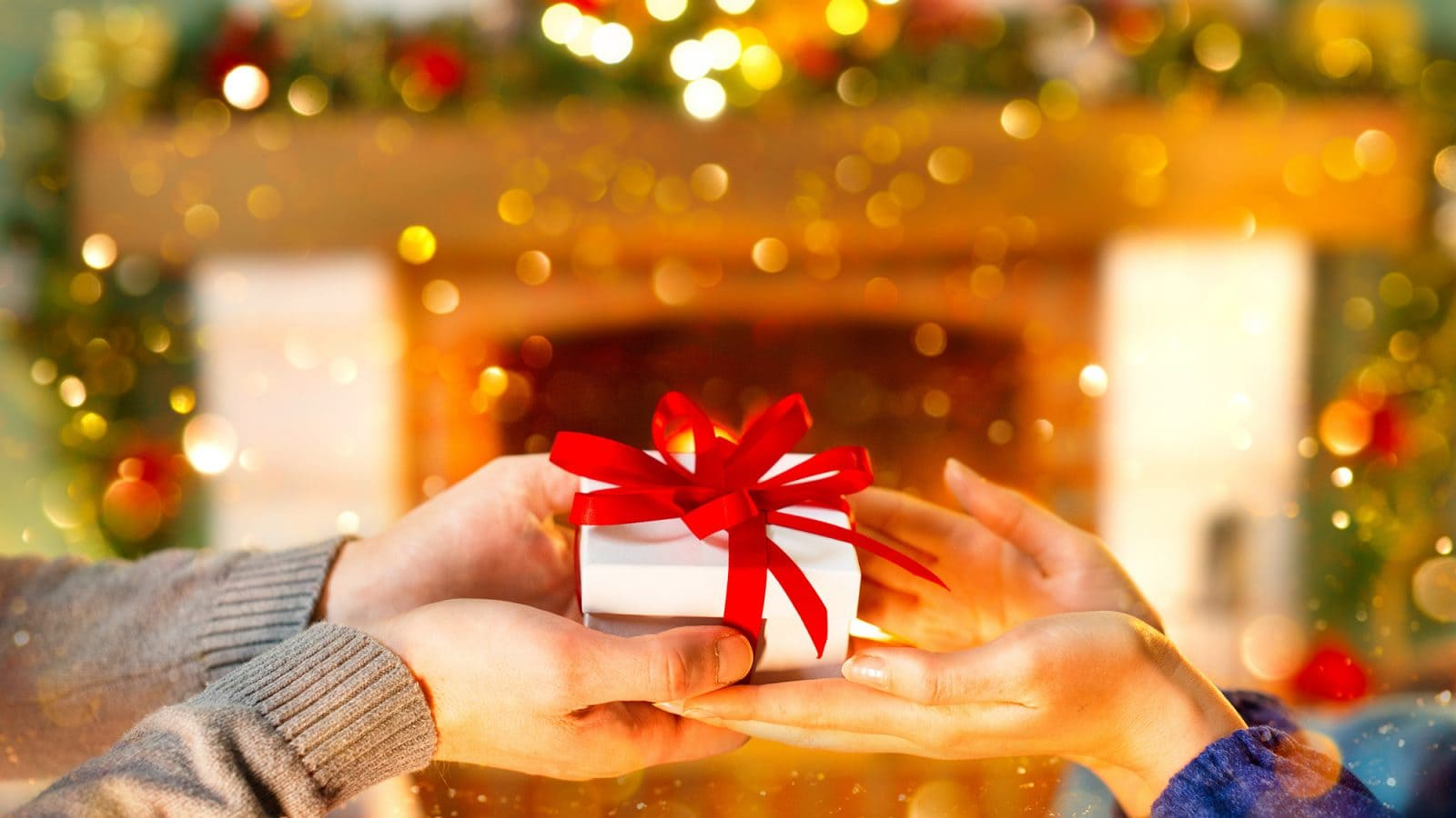 Christmas Gift Ideas and Presents to Give to Your Family and Friends