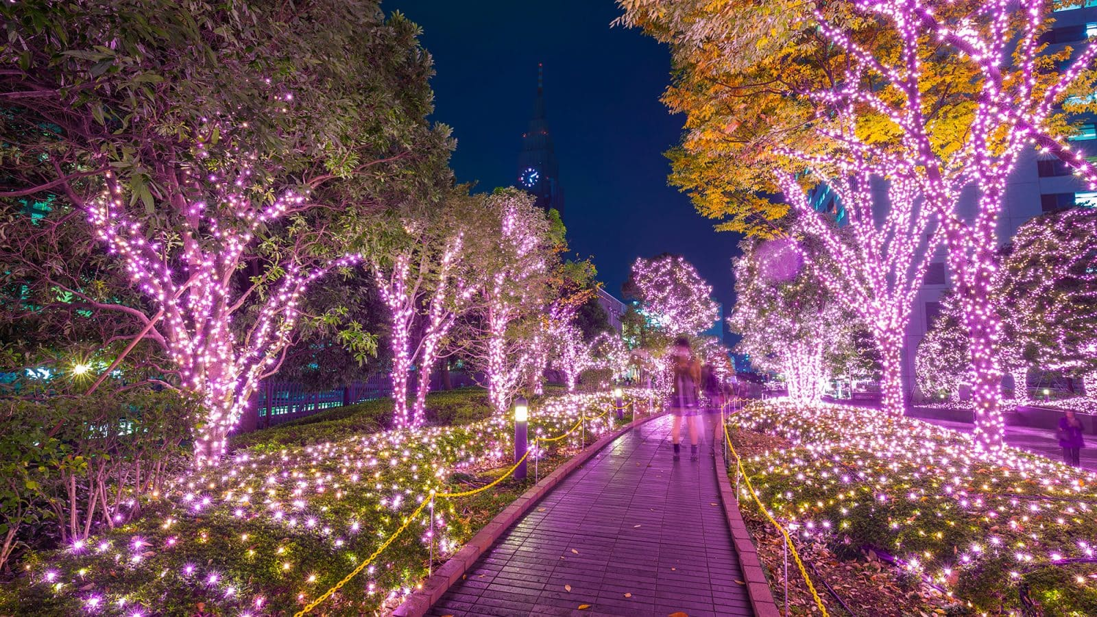 Christmas Traditions in Japan - How Xmas is Celebrated